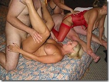 wife-bucket-amateur-swingers-couples-havinf-sex